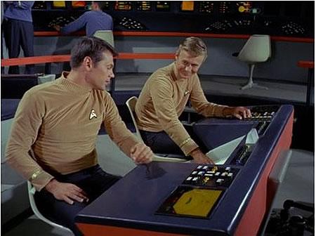 FUI Tableau de bord de l'Enterprise dans l'épisode pilote